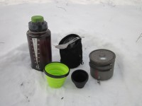 Набор из бутылки Nalgene, кружки Primus, чашки X-Cup, стаканчика X-Shot Sea To Summit и ложки Ferrino