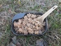 Из за своей формы и относительно не большой глубины, для жидких первых блюд тарелка Wildo не очень удобна